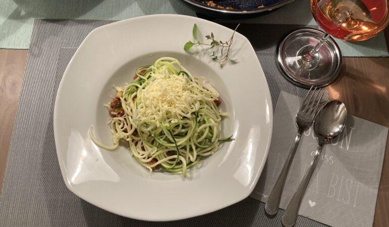 Zucchini Nudeln Bolognese